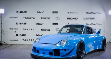VIDEO: Rauh WELT Porsche 993 equipped with KW Variant 3