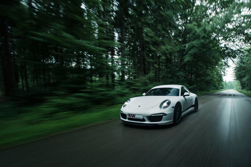 72dpi_Porsche_911_Typ_991_001