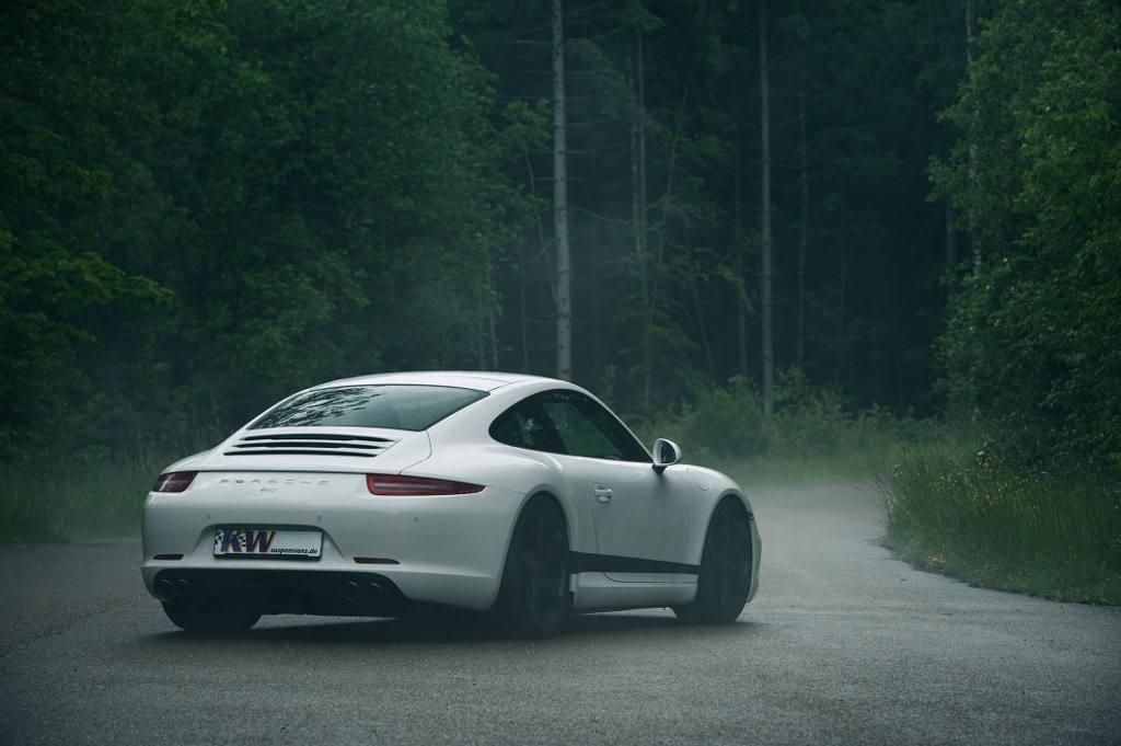 72dpi_Porsche_911_Typ_991_005