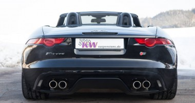 Pure driving pleasure: Jaguar F-Type with height adjustable KW spring kit