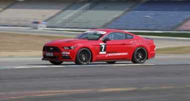 """Behind the scenes: Sebastian and Roland Asch on the """"Mustang AM1"""""""