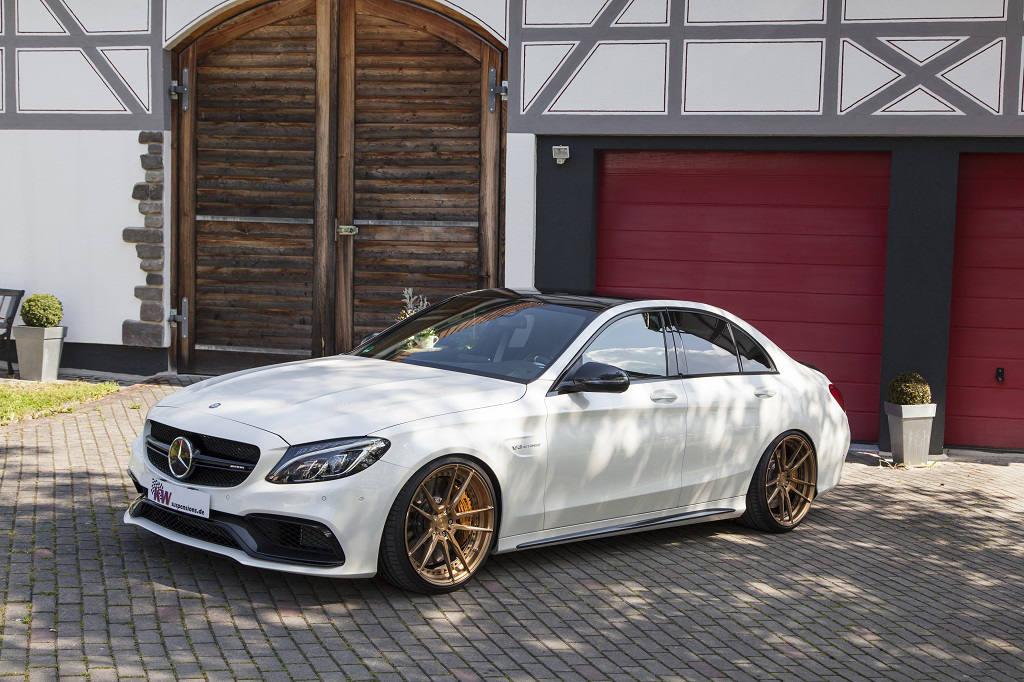 low_KW_V3_Mercedes-Benz_C63AMG_Standaufnahme02