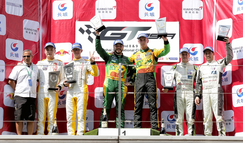 low_Race1GTAsia_Shanghai_R1_podium_260915_BL