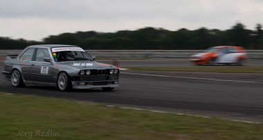33 years BMW E30 cult: enjoy Jaschinski-Motorsport's V8 Party!