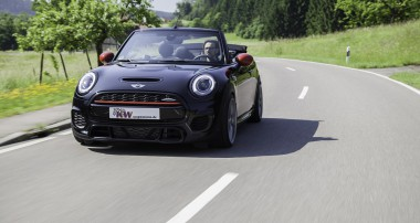 More comfort – even on bad roads: Street Comfort for Mini JCW Convertible