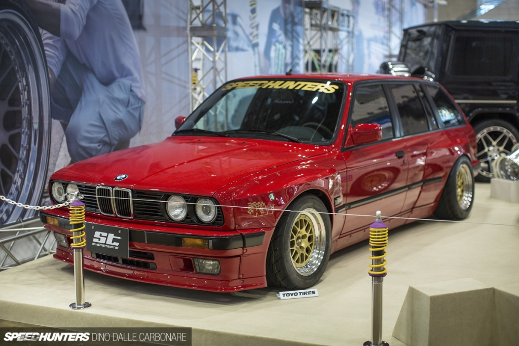 "ST sportsuspension equipped ""Rocket Bunny"" BMW E30."