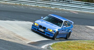 New King of the Ring? A BMW M3 E36 playes M4 GTS!
