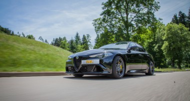 ST suspensions lowers the Alfa Romeo Giulia Quadrifoglio!
