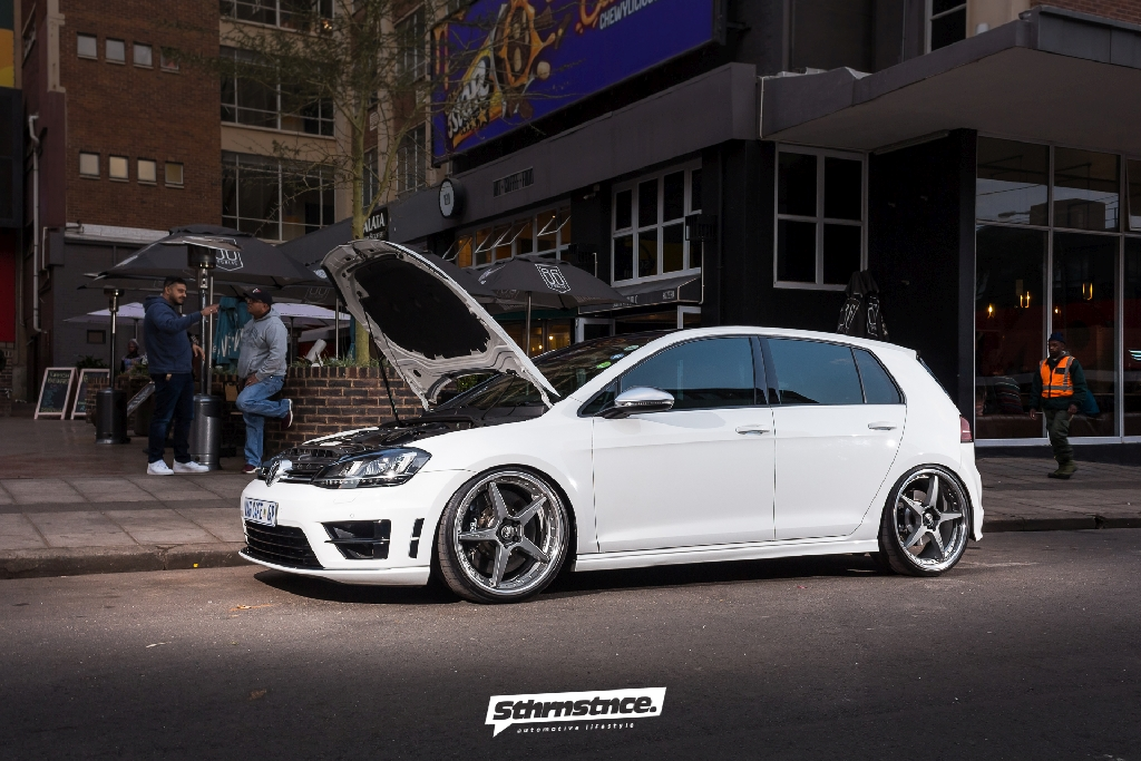 new kind of african oem style vw golf 7r with kw ddc kw automotive blog. Black Bedroom Furniture Sets. Home Design Ideas