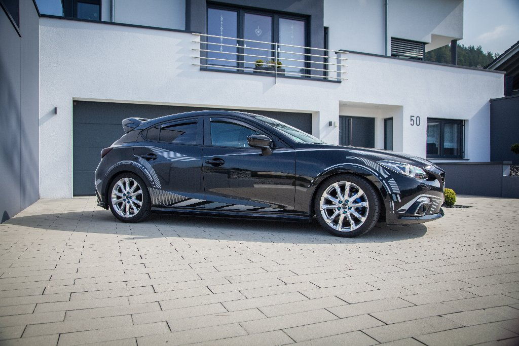 Our in Germany handcraftet ST suspensions coilovers are now also available for the latest Mazda 3