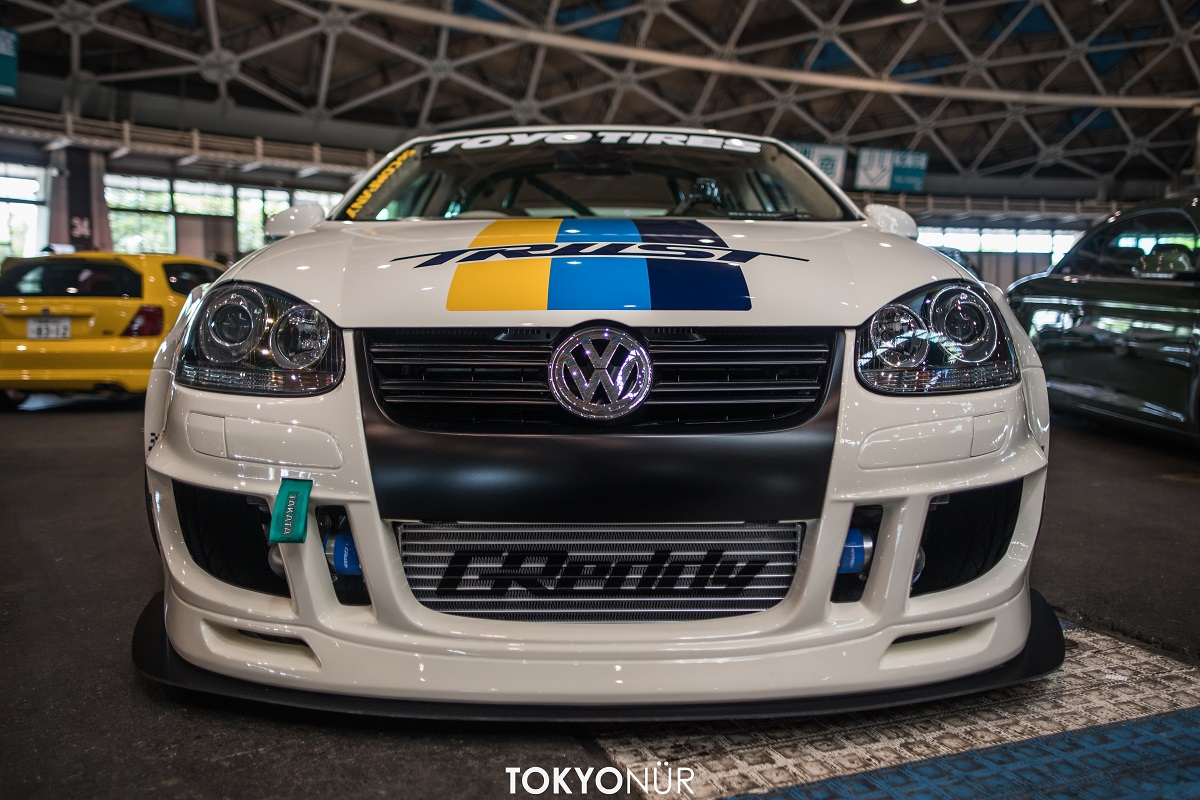 This VW Jetta from the Wekfest in Nagoya could also be presented as a show car at the Tuning World Bodensee or the Essen Motor Show in Germany.