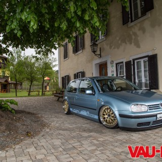 """Hardcore-Golf"" – a Backdate-R32 with Weber carb's!"