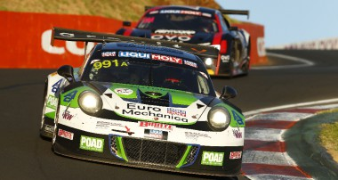 Porsche 911 GT3 R launches a remarkable charge at Bathurst 12 Hour Race in Australia
