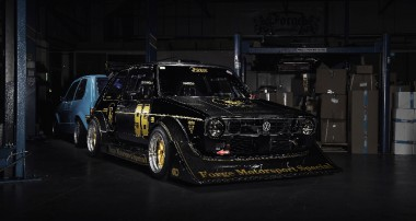 "Black, wide and powerful: the ""Über-Golf Mk 1"" from Forge Motorsport"