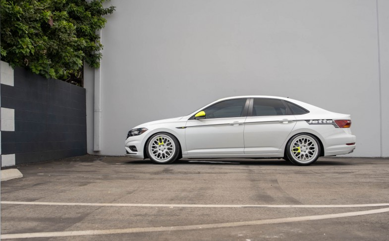 """VW USA builds """"2019 Jetta R-Line SoCal Concept"""" with ST XTA"""