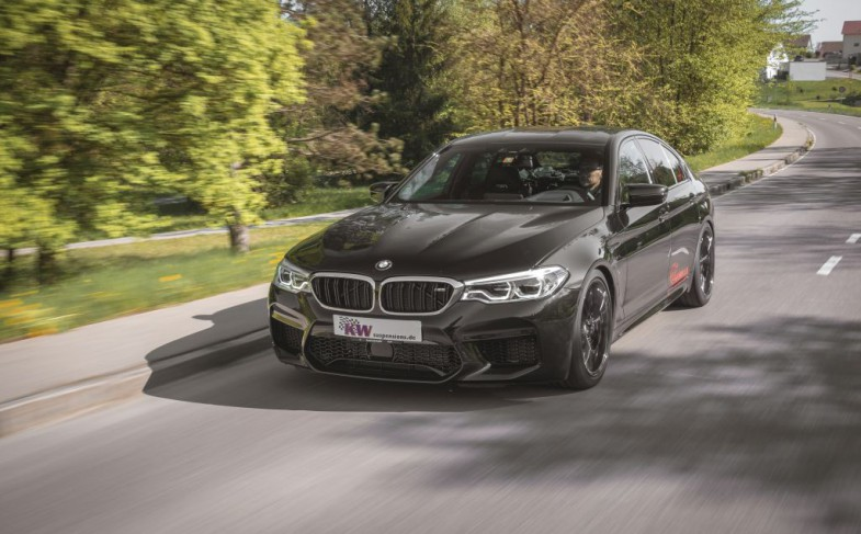Driving dynamic upgrade for the BMW M5 (F90): KW Variant 4