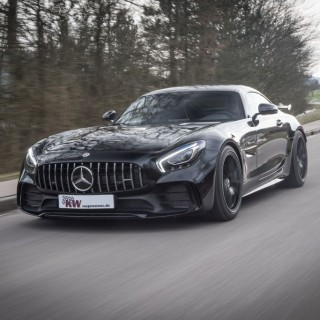 KW develops three-way-coilover kit for Mercedes-AMG GT R