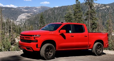 Street Performance LEVELING Struts / 2019 Silverado and Sierra 1500