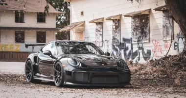 Caution, FAST: BBi VMAX GT2 RS Porsche