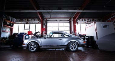 A festival for your vintage heart and soul: dp Motorsports Porsche 911 S/T 2.5 homage